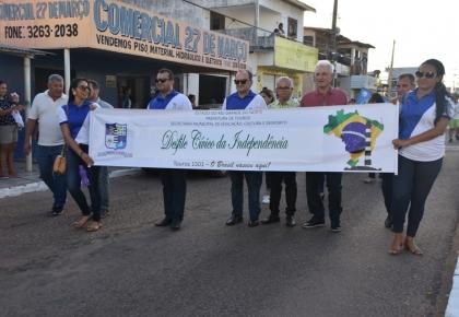 Prefeitura de Touros, por meio da secretaria de Educação, promoveu o desfile cívico escolar.
