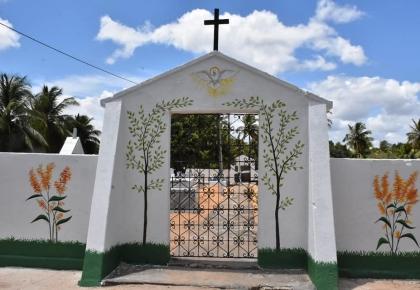 Cemitérios passaram por reformas para o Dia de Finados.