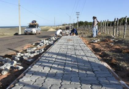 A estrada de Carnaubinha está ganhando uma cara nova.
